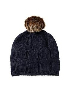 love this hat, but... real question: WHERE DOES YOUR HAIR GO? if i wear it down, it gets all caught in my scarf, but if i wear it up, it makes a lumpy head! WHAT DO I DO!