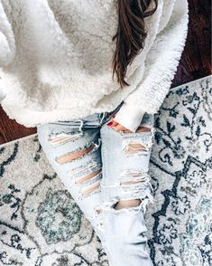 Shop Your Screenshots™ with LIKEtoKNOW. Sunday Outfits, Everyday Outfits, Spring Outfits, Cozy Winter Outfits, Outfit Winter, Layering Outfits, Casual Outfits, Vogue Fashion, Fashion Beauty