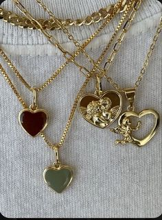 Nail Jewelry, Gold Jewelry, Jewelry Accessories, Gold Necklaces, Heart Necklaces, Trendy Necklaces, Gold Bangles, Jewelry Necklaces, Women Jewelry