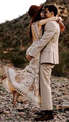 Boho lace wedding dress with open back and reclaimed, vintage lace. Most Incredible Lace Wedding Dresses Around laceweddingdress Boho Wedding Dress, Lace Wedding, Mermaid Wedding, Garden Wedding, Lace Mermaid, Wedding Vintage, Bridal Gowns, Wedding Gowns, Dress Plus Size