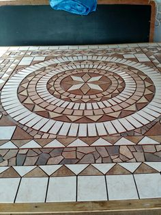 Mosaic Walkway, Mosaic Vase, Pebble Mosaic, Mosaic Tiles, Pavement Design, Entryway Flooring, Brick Works, Carpentry Projects, House Tiles