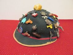 Vintage Beanie Hat Filled with 52 Gumball Cracker Jack Celluloid Charms 1940s NR #crackerjack