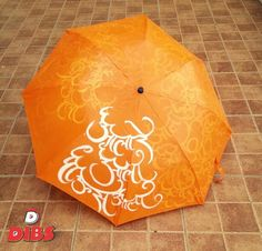Get Unique, Customised and Hand-Painted Umbrellas this Monsoon! To order, contact at tanushree@dibsstore.in  Order now!