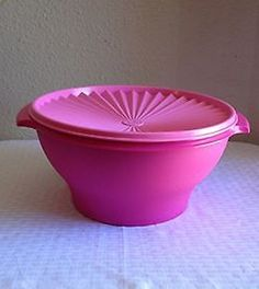 Amazon.com: Tupperware Flower Fiesta 17 Cup Servalier Bowl in Pink.