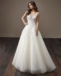 #casamentoscombr #casamentos #casamentosbrasil #wedding #bride #noivas #vestidodenoiva #noiva #modanupcial #Badgley Mischka