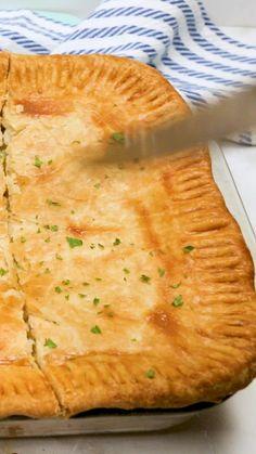 Skillet Chicken Pot Pie Recipe, Creamy Chicken Pie, Chicken Pot Pie Filling, Chicken Pot Pie Casserole, Best Chicken Pot Pie, Easy Pot Pie Recipe, Pot Pie Recipes, Creamy Chicken Pot Pie Recipe, Deserts