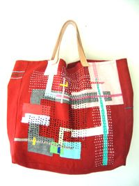 Love her patchworky bags.  from n-tarco.com  イメージ画像