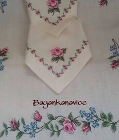 Discover thousands of images about Hatice Sinanoğlu Cross Stitch Letters, Cross Stitch Borders, Cross Stitch Rose, Cross Stitch Samplers, Cross Stitch Flowers, Modern Cross Stitch, Cross Stitch Designs, Cross Stitching, Embroidery Patterns Free