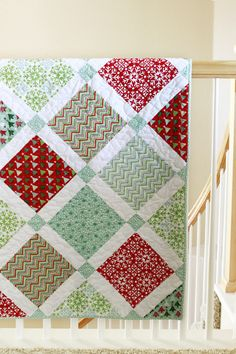 christmas Quilt (pretty much the same pattern as my picnic quilt with a few modifications. I think this might be the pattern for Aspen Frost- maybe...)