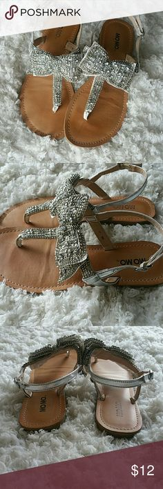 Summer sandals size 6🍹 Silver beaded & sequin summer sandals.  So cute very little wear.  Adorable on with dresses or shorts.  Size 6. Shoes Sandals
