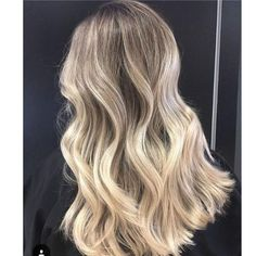 This medium length haircut has long layering with choppy, textured tips. Super-f. - - This medium length haircut has long layering with choppy, textured tips. Super-flattering beige, honey, caramel and ice-blue medium hairstyles for women. Blonde Ombre Hair, Blonde Hair Looks, Brown Ombre Hair, Ombre Hair Color, Cool Hair Color, Blonde Balayage, Ashy Blonde, Wavy Hair, Medium Hair Styles