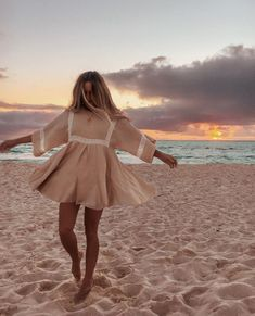 Beachy Outfits Discover Boho Patchwork Lace Dress O-Neck Kimono Boho Patchwork Lace Dress O-Neck Kimono TopFashionova Summer Outfits, Cute Outfits, Summer Dresses, Beach Outfits, Looks Hippie, Looks Style, My Style, Mode Boho, The Dress