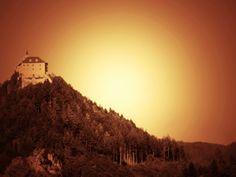 Milada Šedivá:Pojďme se spolu s našimi hrdiny podívat, co se děje na hradě Ciprštejně.