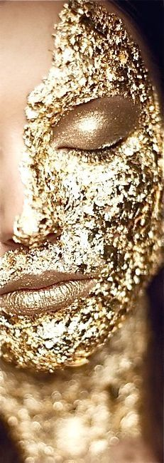 ~Gold Leaf Face | The House of Beccaria#