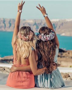 Pin by 𝓜𝓲𝔃𝓴𝓪𝔂𝓽 on ➳ฬคทɖє૨ℓυઽτ➳ in 2019 Bff Pics, Cute Friend Pictures, Friend Photos, Best Friends Shoot, Cute Friends, Shooting Photo Amis, Poses Pour Photoshoot, Best Friend Fotos, Friend Poses Photography
