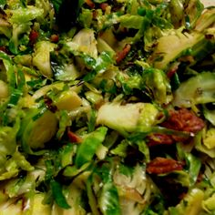 Caramelized Brussels Sprouts/Bacon: @Elizabeth_Silbermann. Recipe http://tinyurl.com/cu48gm4 with bacon added : )