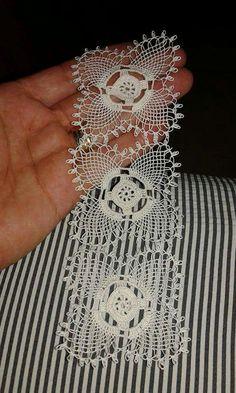 Stardust Bedspread Medallion pattern by Lily Mills Com Art Au Crochet, Diy Crafts Crochet, Crochet Doily Patterns, Crochet Squares, Cotton Crochet, Crochet Home, Irish Crochet, Crochet Doilies, Crochet Flowers