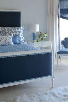 Bleu et blanc - The Inaugural Post - Georgica Pond Blue Rooms, Blue Bedroom, Dream Bedroom, Girls Bedroom, Bedroom Decor, Blue Walls, Bedroom Interiors, Master Bedroom, White Bedding