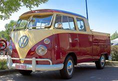 Volkswagen Crew Cab Pick Up. Volkswagen Transporter, Transporteur Volkswagen, Bus Camper, Bus Vw, Campers, Kombi Trailer, Vw Caravan, Honda Shadow, Cool Trucks