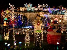 Lights overload. #Christmas #decorations http://www.ivillage.com/over-top-christmas-light-displays/7-b-307484#506616
