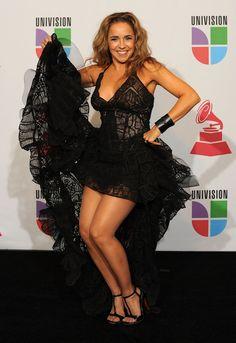 Daniela Mercury showing her pantyhosed legs Daniela Mercury, Pantyhosed Legs, Malu, Peplum Dress, Dresses, Women, Fashion, Vestidos, Moda