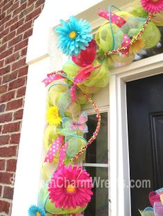 how to make a deco mesh door swag wreath | hope this gives you some ideas for your own spring decor.