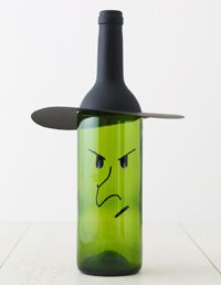 Halloween Wine Bottle Crafts - Notes from Erika: It is hard to see the witch face, and I'm still experimenting trying to find a way for it to be seen easier, but otherwise, very easy to make.