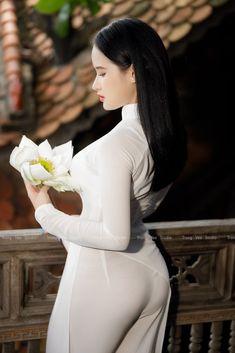 Beautiful Girl Image, Beautiful Asian Women, Myanmar Women, Teen Girl Poses, Asian Model Girl, Fitness Girls Instagram, Ao Dai, Cute Asian Girls, Beauty Full Girl