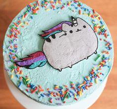 Pusheenicorn cake