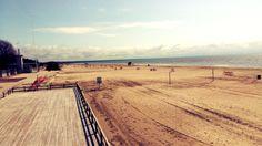 Plaża nad morzem bałtyckim w Parnu
