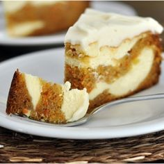 nice Carrot Cake Cheesecake - this would be perfect for my mom!...