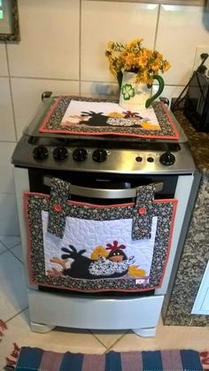 Decoración cocina Quilting Projects, Sewing Projects, Projects To Try, Home Crafts, Diy And Crafts, Chicken Quilt, Chicken Crafts, Antique Quilts, Cottage Chic