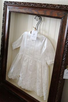 *maybe one day* DIY vintage shadow box for my girl's baby dress Diy Vintage, Look Vintage, Vintage Picture Frames, Vintage Pictures, Shadow Box Frames, Christening Gowns, Baptism Gown, Heirloom Sewing, Mother And Baby