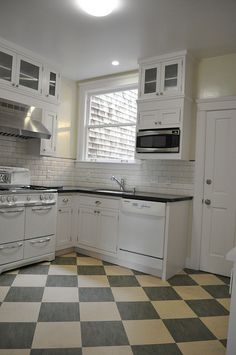 Marmoleum Tile Checkerboard cream and grey -  San Francisco CA