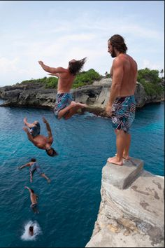 Cliff jumping in Ceningan, Bali (the diving platform is around 7-11 meters high)