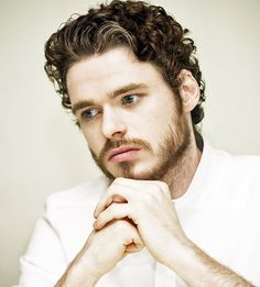 Richard Madden Curly Hairstyle
