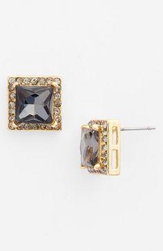 cute stud earrings http://rstyle.me/n/ves8zr9te