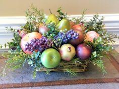 Kitchen Table Centerpiece Basket Fruit Bowls New Ideas Artificial Flower Arrangements, Fruit Arrangements, Artificial Flowers, Fruit Centerpieces, Fruit Gifts, Fruit Displays, Mixed Fruit, Bouquet, Arte Floral