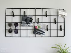 Ikea Barsö-säleikkö eteiseen. @YoursSblogi #eteinen #sisustus #säilytys…