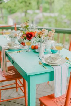 Orange & aqua - outdoor space Add some grey chairs. Painting Patio Furniture, Painted Outdoor Furniture, Diy Garden Furniture, Patio Furniture Covers, Colorful Furniture, Painted Patio Table, Orange Furniture, Backyard Projects, Backyard Patio