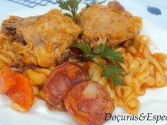 Frango Estufado com Massa, foto 1 Island Food, Favorite Recipes, Chicken, Meat, Caribbean, 1, Culture, Spices, Chicken Pasta