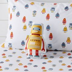 Sale ends soon. Sometimes bedtime can be an adventure, and our Explorer Bedding is the perfect companion for any budding traveller. The quilt is uniquely designed to resemble a full map of the world. Crate And Barrel, Robot Bedroom, Kids Bedroom, Bedroom Decor, Organic Cotton Sheets, Twin Quilt, Pillow Reviews, Hand Applique, Kids Pillows