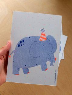 Nadia de Donno / Risography A5: 4 CHF elefant - illustration - green - pink Chf, Graphic Design, Illustration, Green, Handmade, Hands, Illustrations