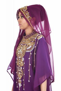 Karim London provides #designer, #gorgeous and #glamorous scarves for #Muslim #women in London. Visit us today or contact us on 0208 0018049.