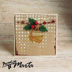 Mediowe kartki w tradycyjnych świątecznych kolorach.