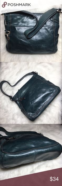 "Fossil Leather hobo shoulder bag Fossil leather shoulder hobo bag - with key Blueish/ green   Middle zip compartment Magnetic closure  Approx measurements- 9"" x 10"" x 4"" Strap drop - 10""   Excellent condition  No rips, holes or tears Fossil Bags Hobos"