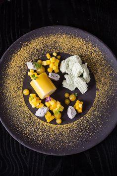 visit delaire graff restaurant – Famous Last Words Gourmet Desserts, Plated Desserts, Gourmet Recipes, Food Plating Techniques, Dessert Presentation, Star Food, Food Decoration, Culinary Arts, Creative Food