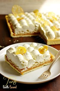 Tarte vanille et caramel - Fancy Cake Cake Ingredients, Tarte Caramel, Cake Recipes, Dessert Recipes, Layered Desserts, Choux Pastry, Homemade Tacos, Sweet Tarts, Dulce De Leche