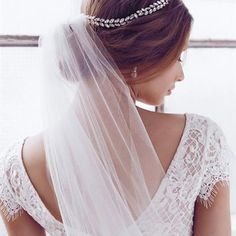 Phoenix Headpiece Single Tier Veil Georgia Wedding Dress   Anna Campbell Ceremony Accessories