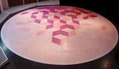 Shop-fit design rubber floor #StellaMcCartney #propstudios #popup